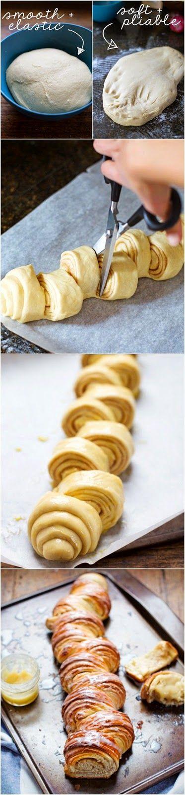 Homemade Cinnamon Roll Pull Apart Bread