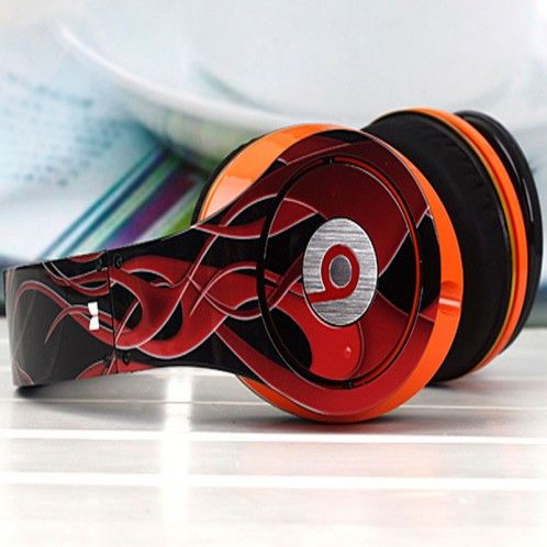 les 103 meilleures images du tableau casque beats sur pinterest casque beats beats by dre et. Black Bedroom Furniture Sets. Home Design Ideas