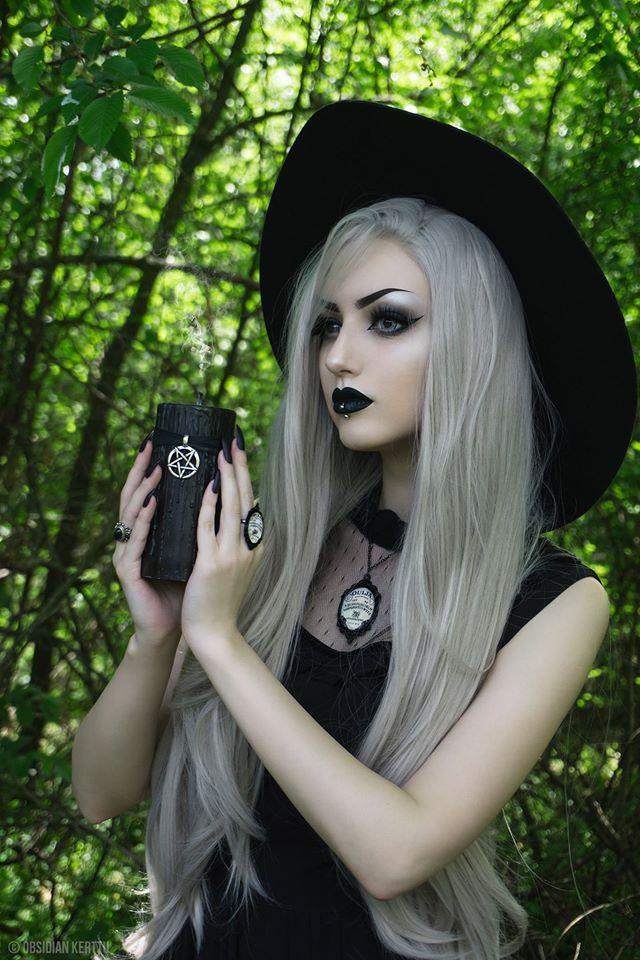 Goth Nude Women 23