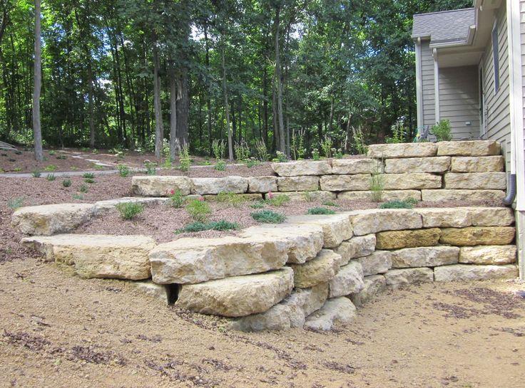 Pre Cut Natural Stone Retaining Walls