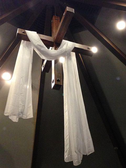2014 Easter Vigil    Easter cross