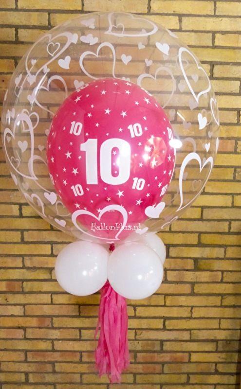 Verjaardagsfeestje van 10 jaar! Geef eens een Decoratie Helium Ballon  - 10 - Roze - Harten - incl. Tassel & Witte Ballonnen - van BallonPlus.nl