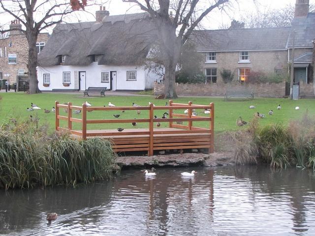 Histon Green Cambridgeshire new duck viewing patform.