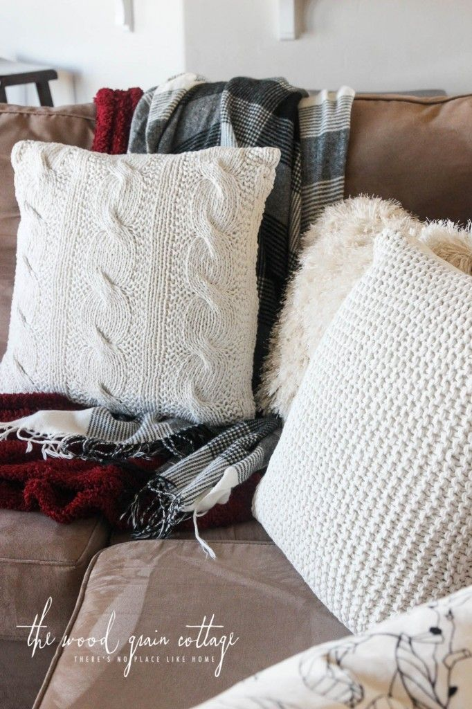 Fall Living Room & Entry - The Wood Grain Cottage. Gordman's pillows.  http://www.thewoodgraincottage.com/2016/10/17/fall-living-room-entry/