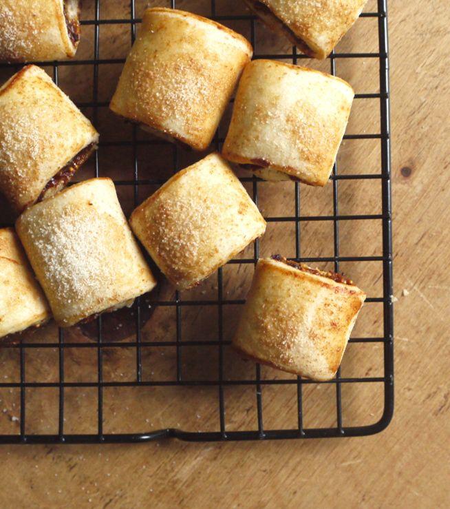 festive fig rolls with orange, honey & cinnamon | the little loaf