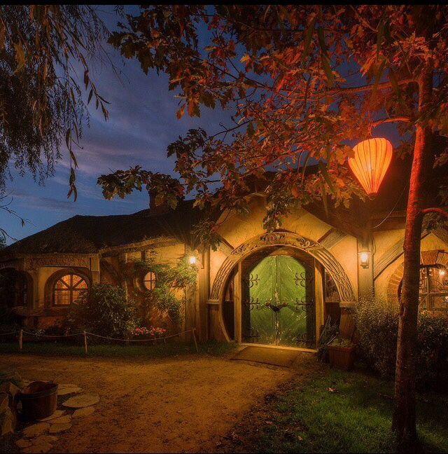 ⌂ Hobbit Homes ⌂ hobbiton