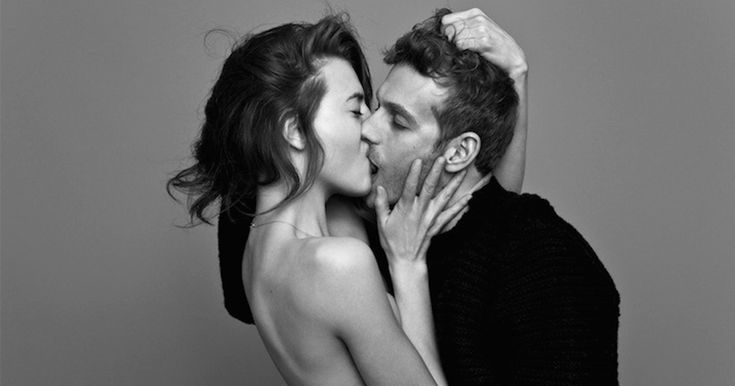 People Passionately Kissing: Can You Tell The Real Couples From Friends? | Bored Panda