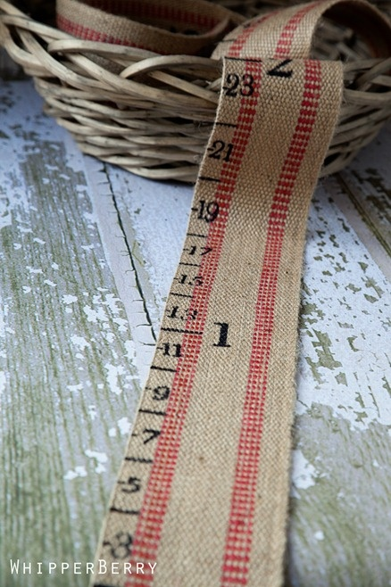 Sew Dang Cute Crafts: July Jamboree Guest Post: Portable Growth Chart by Heather of WhipperBerry