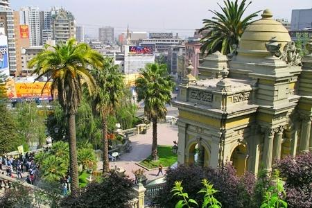 Escapada Romántica en Santiago: $37.500 por noche para dos + desayuno + champaña en Agustina Suite