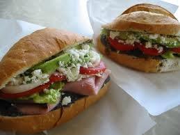 Torta de jamon. Ham sandwich. Cientos de variedades son preparadas con el tradicional bolillo