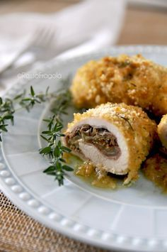 Involtini di pollo con melanzane e funghi -  Chicken rolls with eggplant and mushrooms - by Rosso Fragola