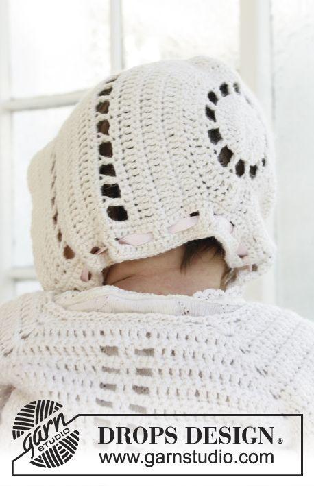 Gehaakt hoedje met textuurtoeren en kantrand voor doopfeesten of speciale gelegenheden in DROPS BabyAlpaca Silk. Maten 0 - 2 jaar. Gratis patronen van DROPS Design.