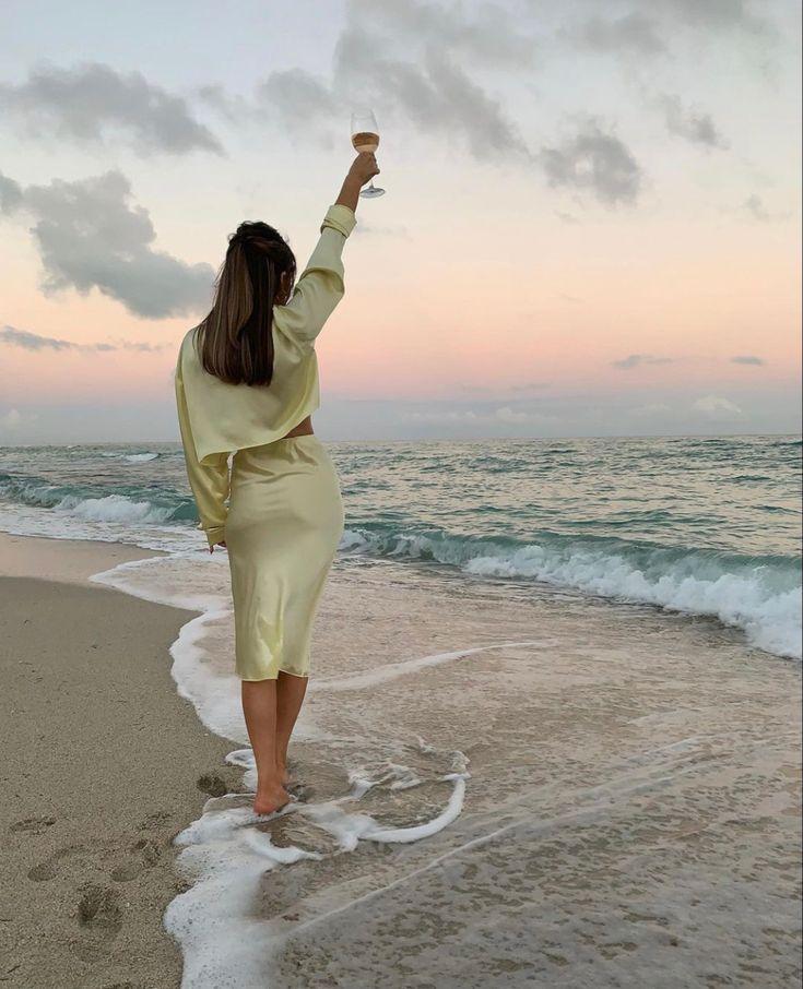 𝒂𝒏𝒏𝒆𝒍𝒊𝒆𝒔𝒕𝒓𝒆𝒖𝒓   Summer aesthetic, Summer dream, Beach