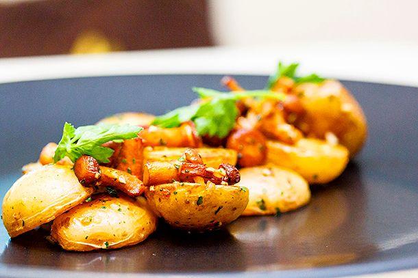 мини-картофель с лисичками