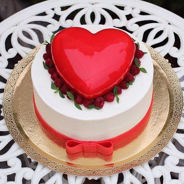 Торт на 25 летие совместной жизни ❤️ Внутри Сникерс и сердце из Шоколодно-кофейного чизкейка ❤️ 4,2 кг.