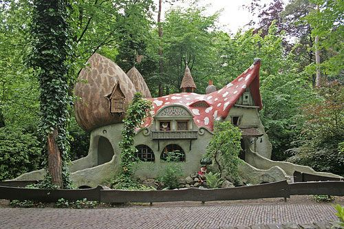 Homes that belong in Fairy Tales #architecture #house #magic #mushroom