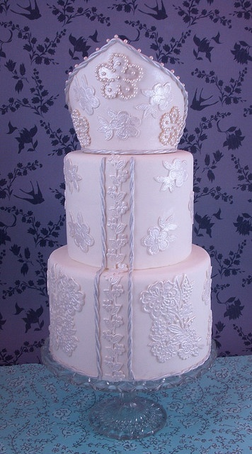 Tsarina wedding cake by queene of tartes, via Flickr