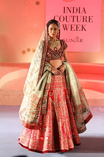 Anju Modi | Amazon India Couture Week 2015 #PM