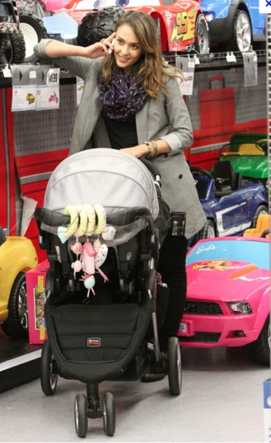 jessica alba  has our stroller. arent we cool?? @Rosey Hartnett