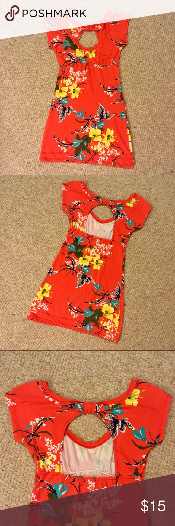"Hollister Orange Floral Cut Out Back Dress Worn less than 5-7 times. It was a hit at the ""Hawaiian themed"" college parties I went to, but it was rarely worn outside of that! Very cute cutout back, short sleeves.  Can answer any other questions! Hollister Dresses Mini"