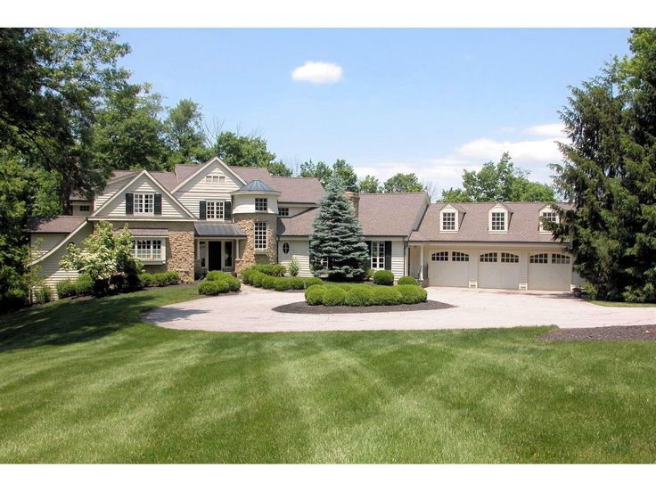 This property is listed at $1,499,000. Move-in cond updtd Stone/cedar transitional on 3+acres on prestigious Given. 1st flr MBR. Cook's kit Hi-end appliances, Subzero, Wolf s/s range/ovens, custom cabinetry. Incredible setting ovrlkg Livingston Lodge prk, access to Little Miami R. New outdoor all bluestone quartzite patio w grotto pool, outdoor kit, waterfalls, firepit. 9025 Given Rd Indian Hill OH 45243 (MLS# 1517262) - Comey & Shepherd Realtors