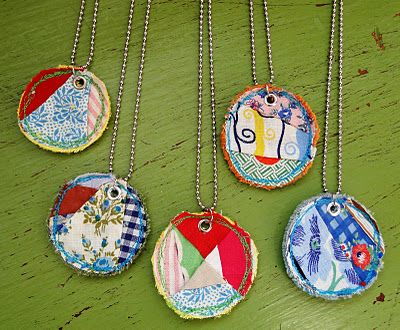 fabric necklaces - easy peasy!