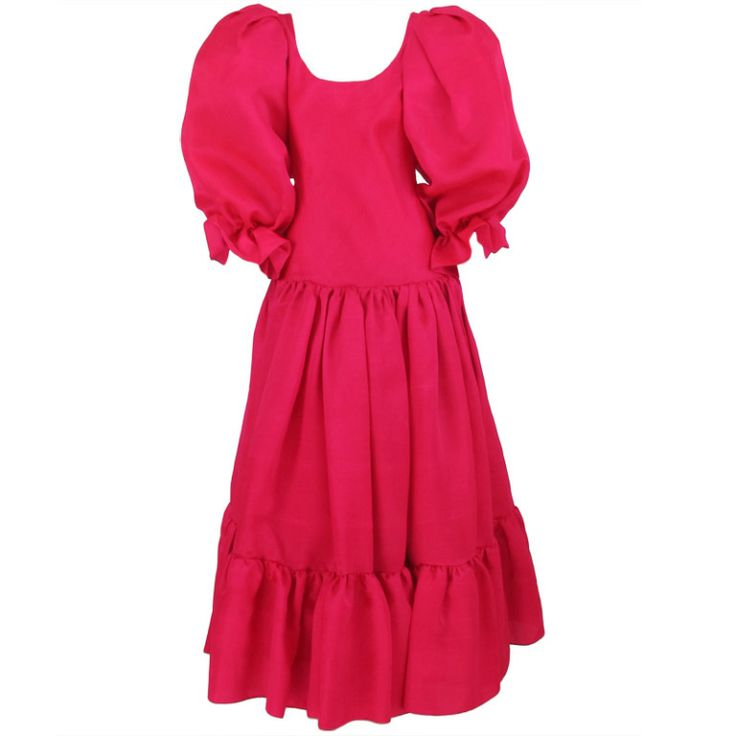 Iconic 1980s Oscar de la Renta hot pink silk gown | 1stdibs.com