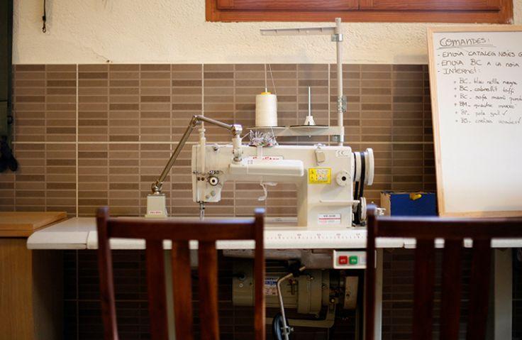 Sewing machine Photos taken by DR.BLOOM