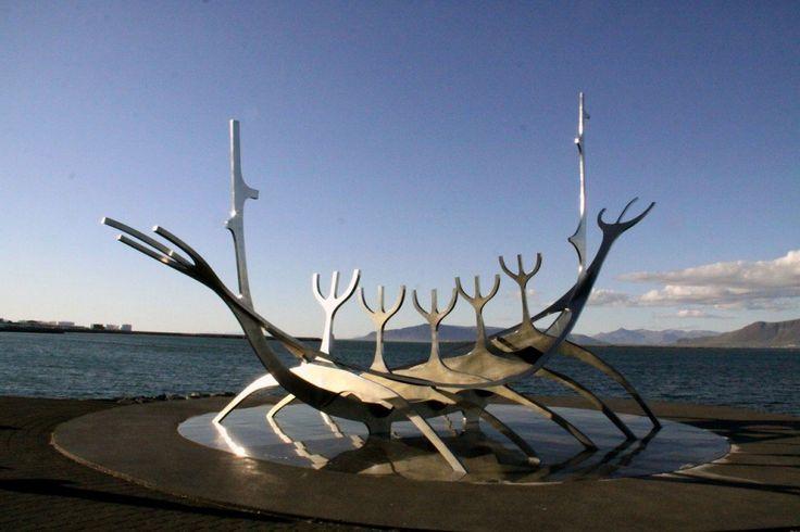Reykjavik: nave del sole (Solfar)