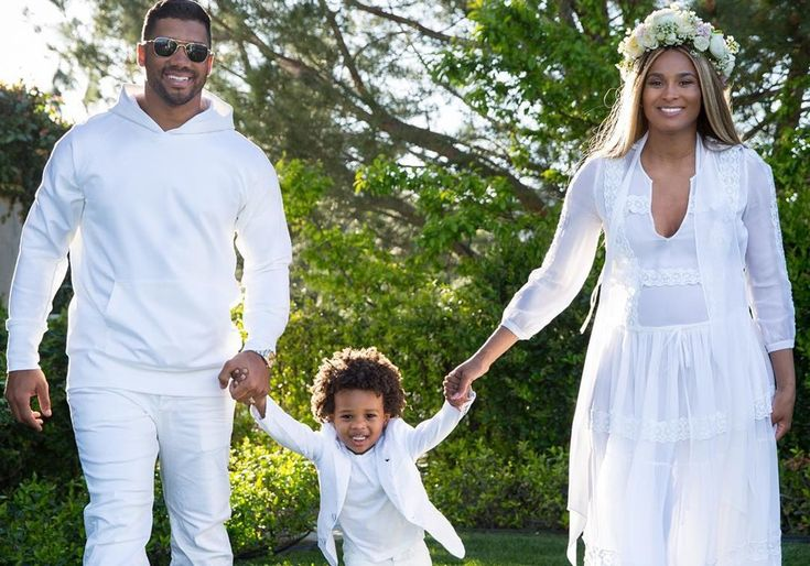 Ciara And Russell Wilson Hold Baby Future In Cute Photo - Diva Made Peace With Nicki Minaj's Rumored Boyfriend #Ciara, #Future, #RussellWilson celebrityinsider.org #Hollywood #celebrityinsider #celebrities #celebrity #celebritynews