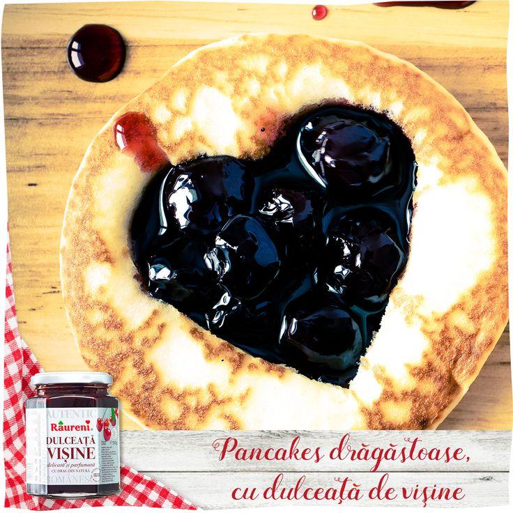 Pancakes drăgăstoase, cu dulceaţă de vişine