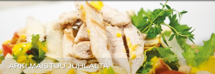 Kalajoki Resort chicken salad http://www.kalajokiresort.fi/ravintolat/#