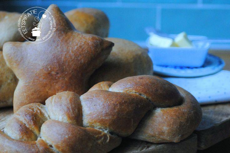 Mikkemannen zijn zoete zachte broodjes met speculaaskruiden die veel in Brabant worden gegeten rond de feestdagen. Dit is mijn versie van mikkemannen!