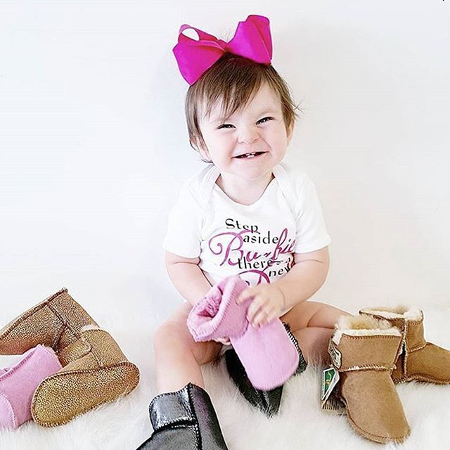 Baby Armani looks pretty excited about her OZSALE Ugg Boot haul! Best shoe collection ever!  We love seeing your style stories. Tag your purchases with @ozsale and #mystylefind for your chance to be featured in our feed.  Regram via @armanipapamanolis