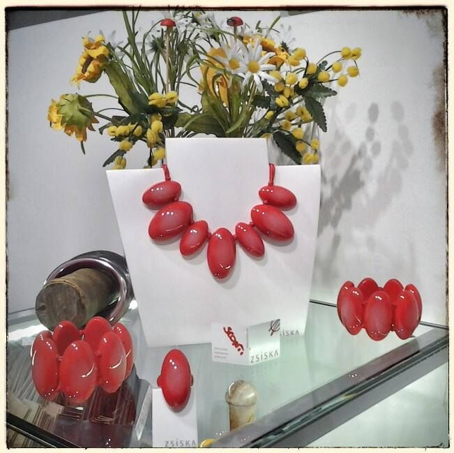 red power collana, bracciali, anelli e orecchini ZSISKA