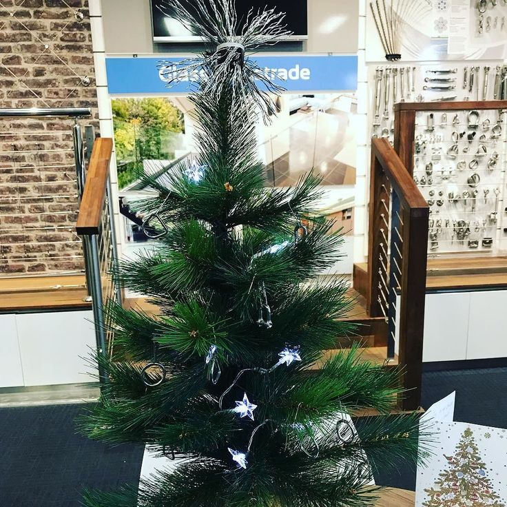 Getting into the Christmas spirit Miami Stainless style #StainlessDecorations #WireStar #christmastree