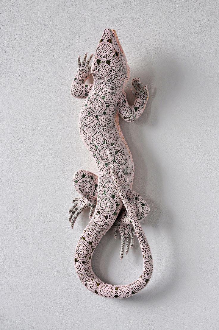sculptures animaux insectes dentelle Joana Vasconcelos 7
