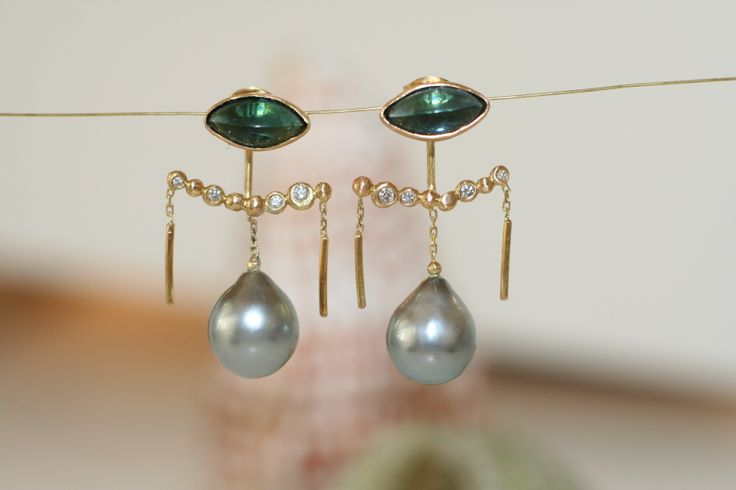 Perfect earrings for the perfect wedding #wedding #charlottewendes