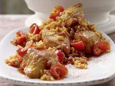 Serbisches Reisfleisch - mit Pute, Paprika und Tomaten - smarter - Kalorien: 399 Kcal - Zeit: 45 Min. | eatsmarter.de