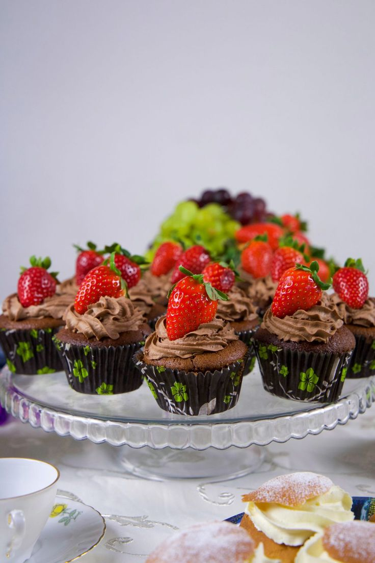 Amerikanska chokladmuffins med frosting - ZEINAS KITCHEN