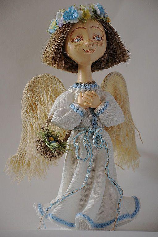 """""""Весенний ангел""""- ангел с веночком"""