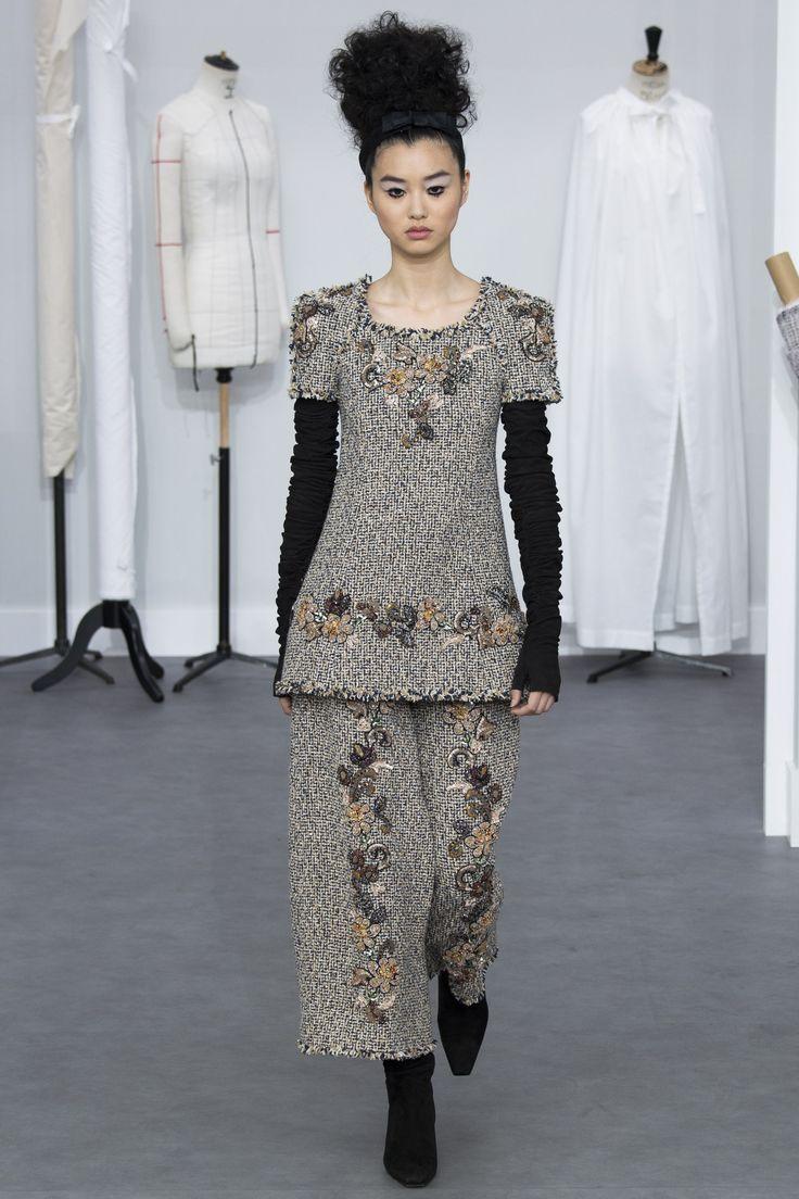 Chanel Fall 2016 Couture Fashion Show - Estelle Chen (Elite)