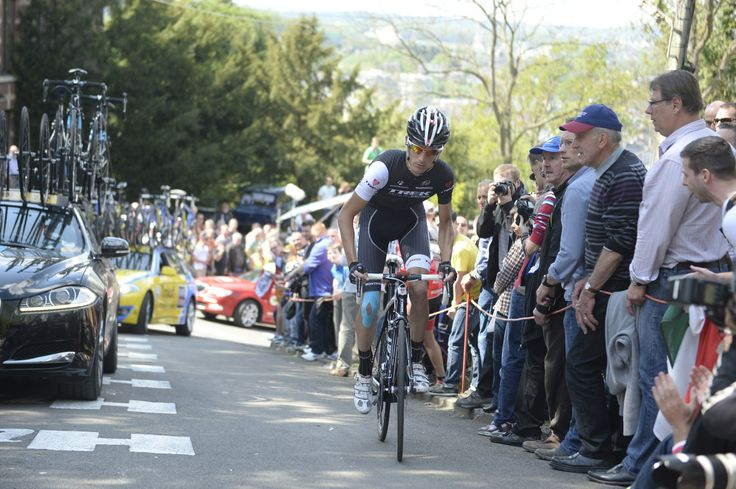 In praise of the Mur | La Flèche Wallonne 2014 – five observations | Grand Tour climbers are no match for the Mur. Andy Schleck may have won on the Galibier, but suffered at La Fleche. pic: ©Sirotti