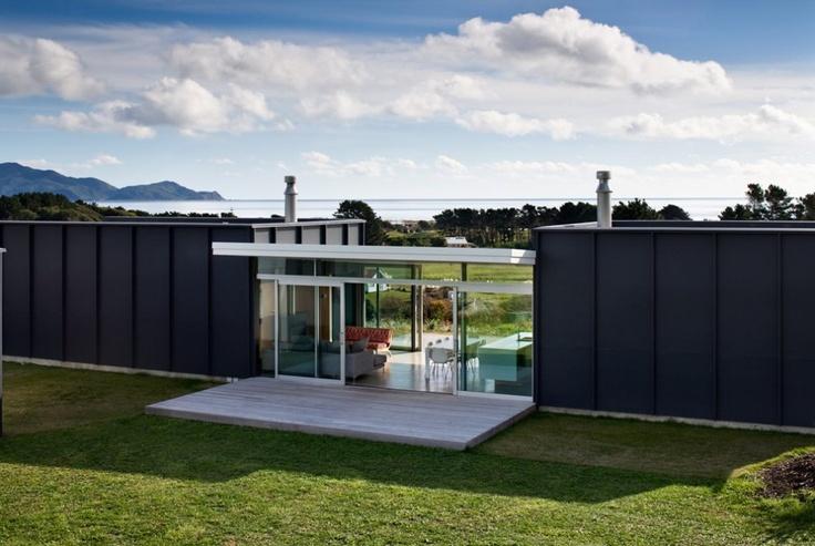 Pekapeka House, New Zealand by Parsonson Architects ltd.: Landscape Architecture, Pekapeka Beaches, Beaches Holidays, Beaches Home, Beach Houses, Home Architecture, Beaches House Design, Parsonson Architects, New Zealand