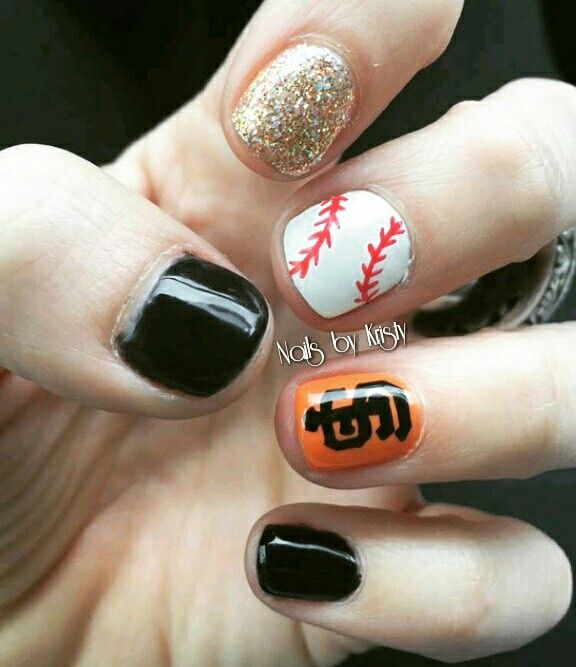 San Francisco giants gel polish nails nail art https://www.facebook.com/shorthaircutstyles/posts/1759817400975366