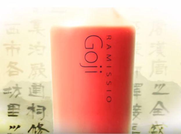 GOJI extrakt - 100% přírodní, nezahuštěný a ničím neupravený džus, živá tekutina bez síry a konzervantů - lisovaná z výběrových plodů Kustovnice čínské.