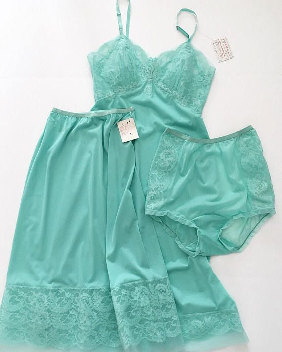 d1cf866498c Vintage 1950s Lingerie Set - 50s NEW Old Stock - Vanity Fair - Teal ...