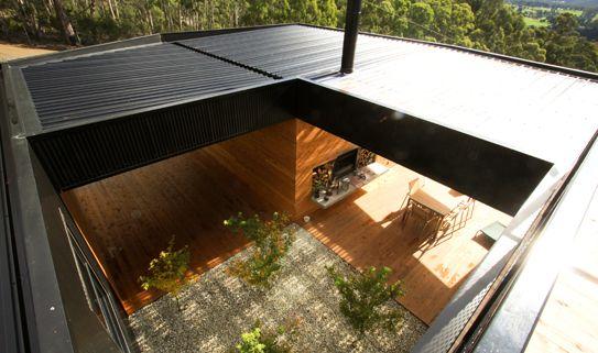i'm having serious roof envy... Room 11's ARH2 house