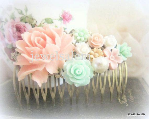 roze munt groen haar Kam pastel kleuren bruiloft haar Accessoires bloemen bruidsmeisje bloemen Bridal Hair Pin door Jewelsalem op Etsy https://www.etsy.com/nl/listing/162998486/roze-munt-groen-haar-kam-pastel-kleuren