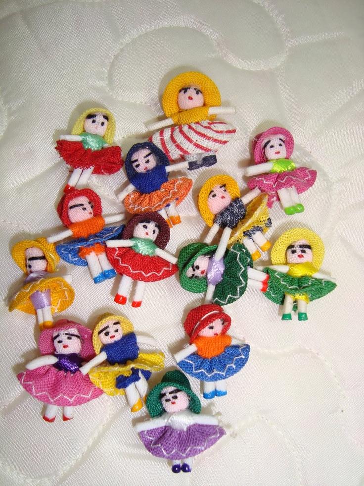 As minúsculas bonequinhas da sorte de Gravatá/PE. Um show!